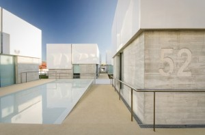 social-complex-in-alcabideche-guedes-cruz-arquitectos__2