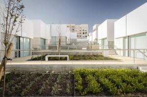 social-complex-in-alcabideche-guedes-cruz-arquitectos__4